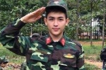 Chân dung chàng trai mặc quân phục 'đốn tim' bao cô gái