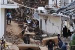 Trung Quốc: Dân xếp hàng dài lấy gạo sau động đất