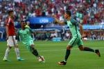 Ghi 2 bàn điệu nghệ, Ronaldo ra tay cứu Bồ