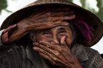 Gặp cụ bà người Việt đẹp nhất thế giới trong bức ảnh nổi tiếng 'Nụ cười ẩn giấu'