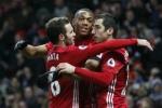 Phung phí cơ hội, Man Utd thắng Watford trong nỗi lo dứt điểm