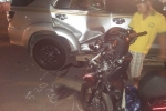 Tẩu thoát sau hỗn chiến, 3 thanh niên phóng xe lao đầu vào ôtô