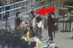 Video: Nữ hành khách Trung Quốc tát nhân viên sân bay điếc tại chỗ