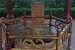 Bí ẩn về khối gỗ kỳ lạ dưới đáy giếng cổ ở Bình Định