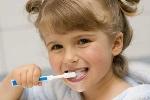 Bí kíp chăm sóc răng miệng cho bé