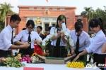 Sinh viên An ninh trổ tài cắm hoa tri ân thầy cô ngày 20/11