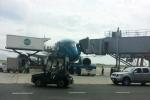 Máy bay xịn nhất VN gặp sự cố: Vietnam Airlines mong khách hàng thông cảm