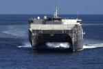 Tàu cao tốc Hải quân Mỹ cập cảng Đà Nẵng