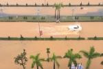 Mưa lớn suốt hơn 5 giờ, thành phố Lai Châu ngập sâu