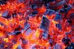 Bố mẹ đốt than sưởi, bé trai 4 ngày tuổi chết thương tâm