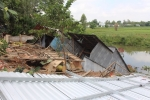 Thêm 6 căn nhà bị 'thần sông' nuốt chửng ở An Giang