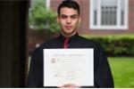 Nghi lực vượt khó của nam sinh nghèo tốt nghiệp Đại học Harvard