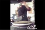 Nín thở xem màn múa dao thái thịt tuyệt đỉnh của đầu bếp Trung Quốc