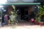 Mẹ chết, 2 con bỏng nặng trong ngôi nhà bốc cháy giữa trưa