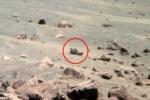 Người ngoài hành tinh bỏ quên giày sau khi chiến đấu khốc liệt trên sao Hỏa?