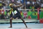 Olympic 2016: Usain Bolt khoan thai về đích, giành HCV 100m