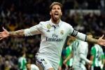 Hưởng lợi từ trọng tài, Real Madrid đòi lại ngôi đầu từ tay Barcelona