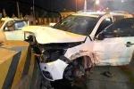 Dân phá cửa cứu 5 người mắc kẹt trong ô tô sau tai nạn