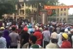 Linh mục Nguyễn Đình Thục kích động đám đông gây rối trước cổng CA huyện Diễn Châu