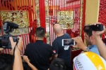 'Lý Tiểu Long' Việt Nam: Không cấm Flores gặp mặt bắt tay Huỳnh Tuấn Kiệt