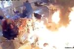 Điên cuồng tưới xăng định đốt người, gã đàn ông tự thiêu cháy mình