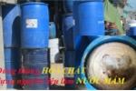 Rùng mình cảnh dùng thùng hóa chất để đựng nguyên liệu làm nước mắm