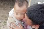 Đang ngủ cùng bố mẹ, bé trai vẫn bị bắt cóc
