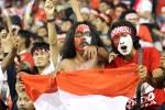 Fan cuồng Indonesia khiến người xem lạnh gáy