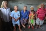 Kỳ lạ gia đình lùn nhất Việt Nam 4 đời vẫn không thoát khỏi 'lời nguyền'