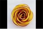 Cách tỉa hoa hồng từ các loại củ quả siêu đẹp chỉ trong 30 giây