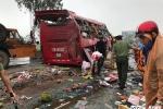 Lật xe khách tại Hà Tĩnh, 2 người chết, nhiều người bị thương