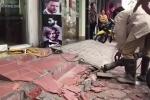 Hà Nội ra quân dẹp 'cướp' vỉa hè: Hàng loạt công trình bị phá bỏ