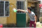 Video: Tuyệt chiêu chống nóng của sinh viên Hà Nội