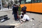 Thùng phuy trang trí quán cà phê xe buýt phát nổ, một người gãy chân