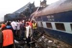 Ảnh, video: Hiện trường vụ tai nạn đường sắt khủng khiếp, gần 100 người chết ở Ấn Độ