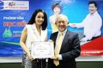 Diễn viên Mai Thu Huyền nhận học bổng thạc sỹ gần 100 triệu đồng