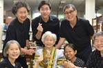 Cụ bà hoàn thành giấc mơ cử nhân ở tuổi 91