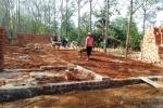 Chỉ chỗ cho mẹ xây nhà chờ đền bù, Trưởng phòng Kinh tế hạ tầng bị cách chức