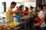 Bí mật phía sau bếp ăn hợp chủng quốc ở Viettel World Cup 2016
