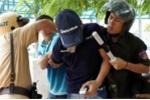 Thanh niên giấu ma túy đá vào quần lót hòng thoát chốt 141