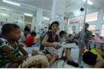 Sốt xuất huyết bùng phát, hàng trăm trẻ em nhập viện