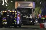 Khủng bố xả súng, cho xe tải đâm vào đám đông lễ Quốc khánh Pháp, gần trăm người chết