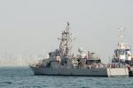 Bị tàu Iran 'khiêu khích' ở Vịnh Ba Tư, chiến hạm Mỹ nổ súng