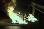 Thấy dưới chân nóng ran, hoảng hốt phát hiện xe bốc cháy
