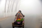Bắc Kinh đón giao thừa trong khói mù