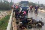 Xe máy va chạm xe tải, 3 người rơi xuống cầu: Tạm giữ tài xế gây tai nạn