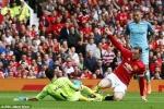 Mourinho chỉ rõ 2 lần trọng tài thiên vị Man City