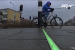 Phát minh lạ: Đèn giao thông dành riêng cho 'con nghiện' điện thoại