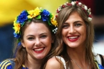 Say đắm nhan sắc người đẹp Ba Lan, Ukraine trên khán đài