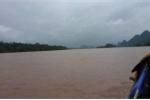 Lũ dâng, nhiều nhà dân ở Quảng Bình lại bị ngập